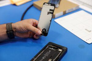 iphone screen repair in toronto